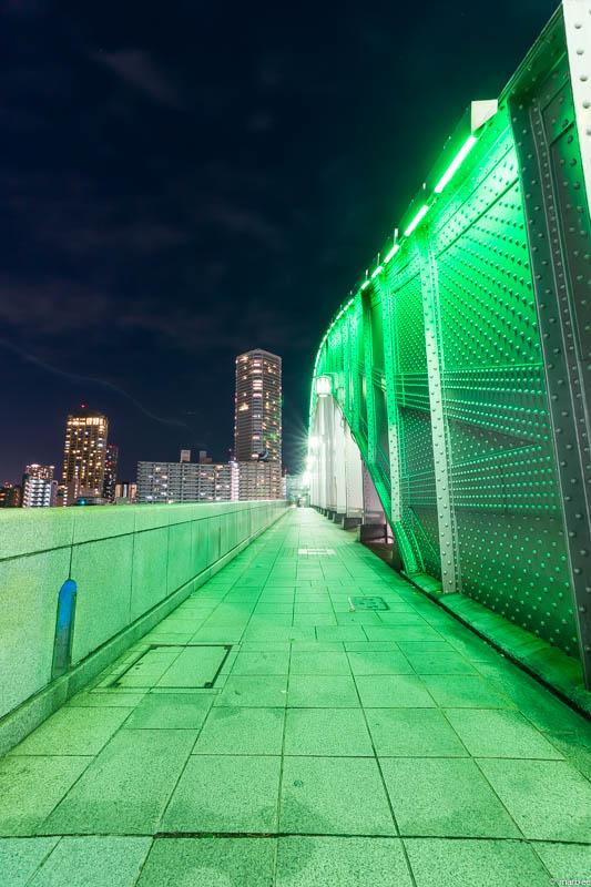 勝鬨橋の歩道