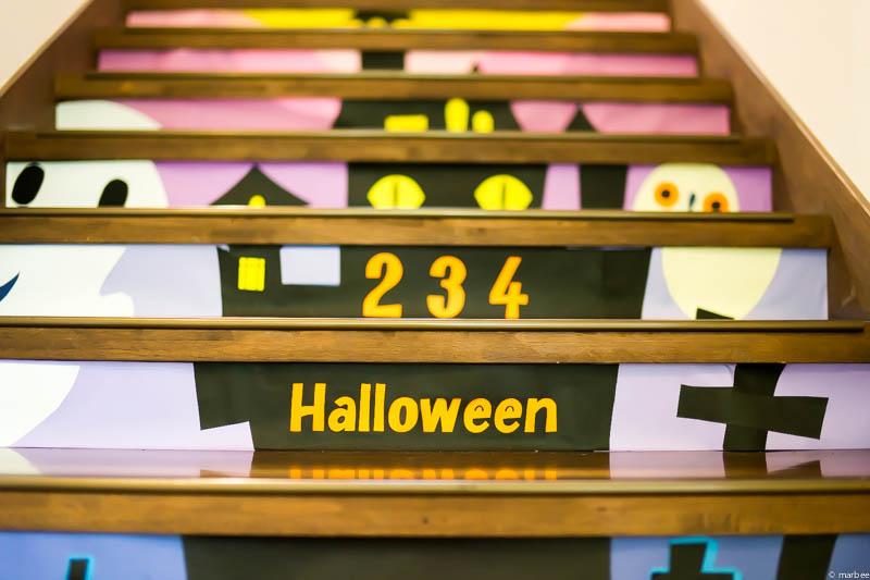 234番館の階段 ハロウィン仕様