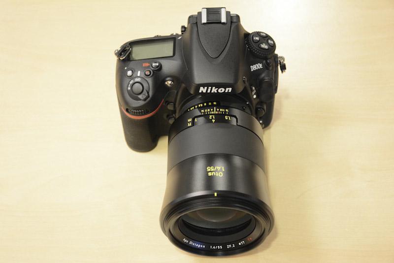 Zeiss OTUS 55mm F1.4 Distagon T* ZF.2 NikonFマウント 上面