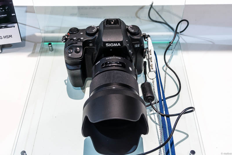 SIGMA 50mm F1.4 DG HSM 前面