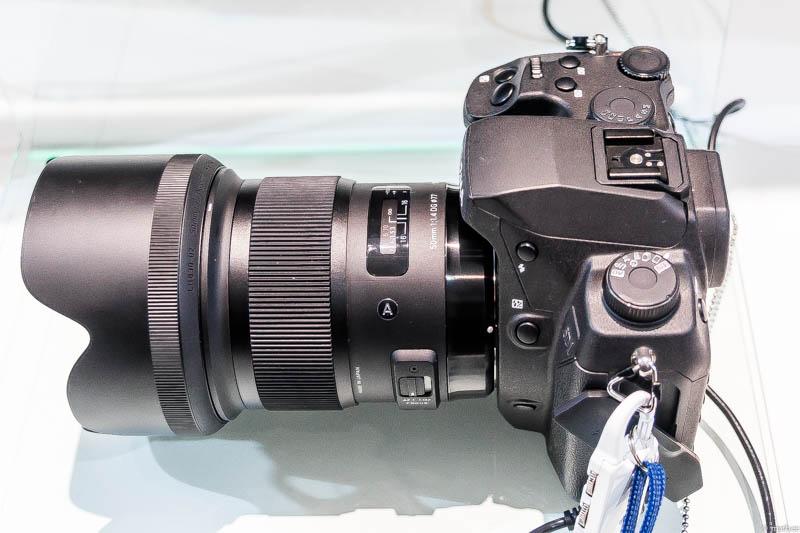 SIGMA 50mm F1.4 DG HSM 側面