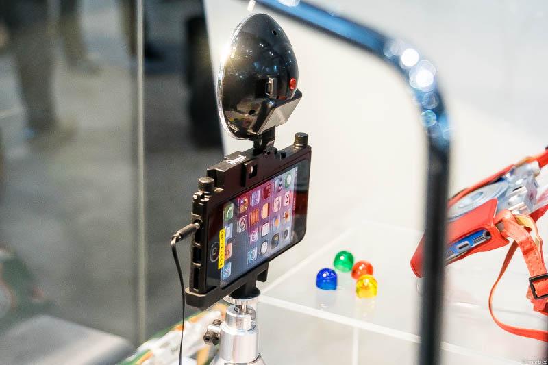 謎のカメラ(iPhoneケース(・・?)