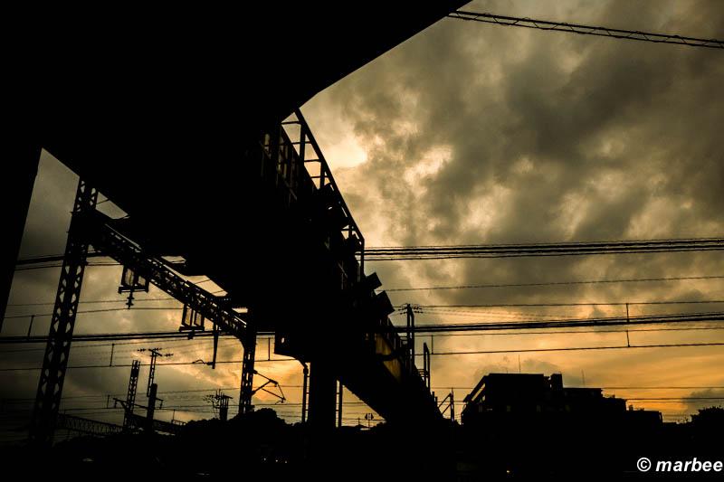 夕焼け マジックアワーの空を撮りに行く途中