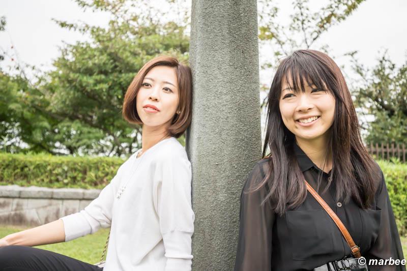 にゃるるさん&柚子さん 背中合わせ