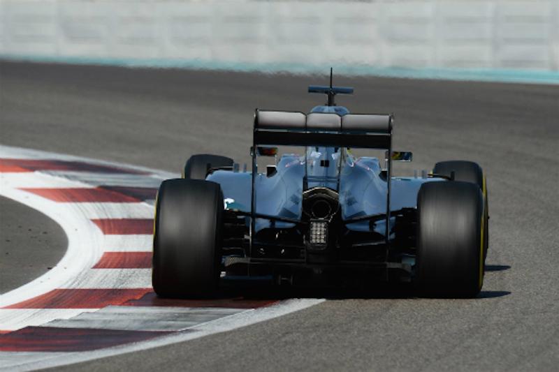 メルセデス、F1に標準ハイブリッドシステムを供給?