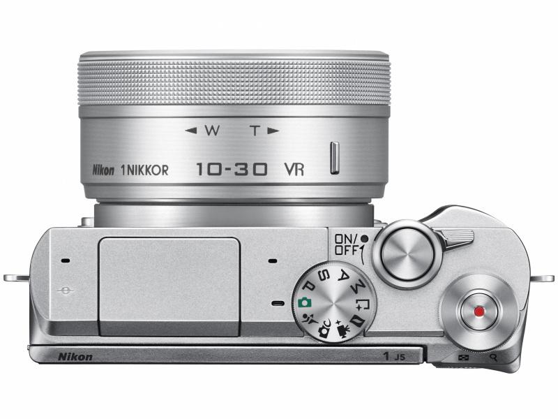 Nikon1 J5 上面
