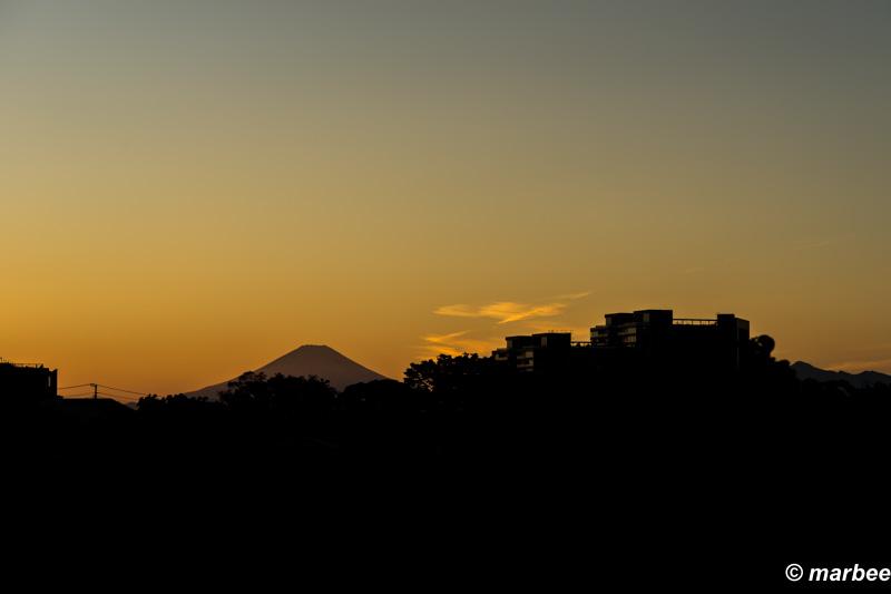 赤富士 夕暮れ時 その姿を見せてくれた