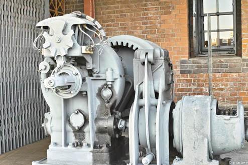 赤レンガ倉庫の機械